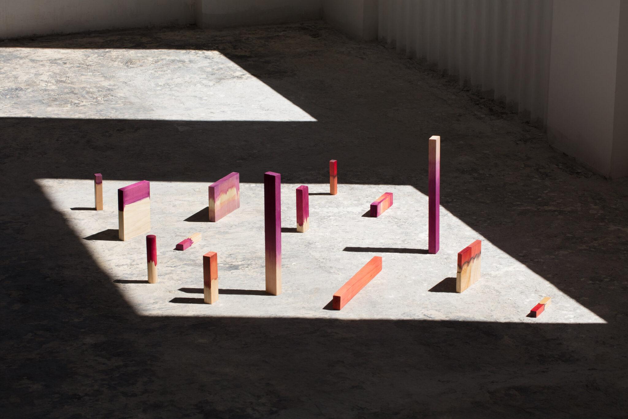 moises-hernandez-grana-chairs-design_dezeen_2364_col_16